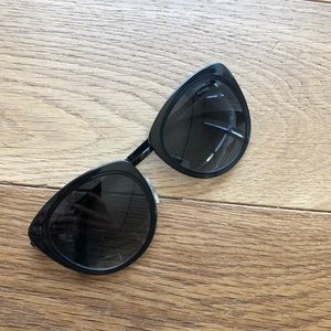 Polarized Chanel sunglasses cat eye